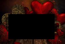 marco de madera de corazones rojos 220x150 - Marco de madera de corazones rojos